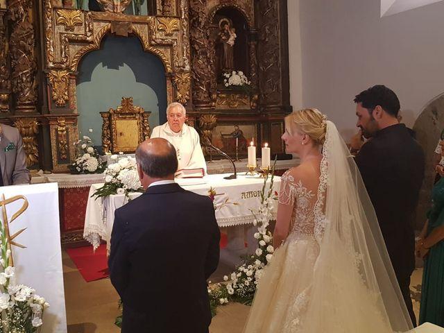 La boda de Ángel y Cristina en Pobladura De Aliste, Zamora 9