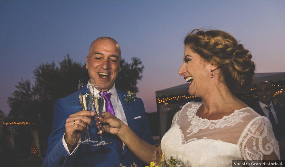 La boda de Magdalena y Alex en Badajoz, Badajoz