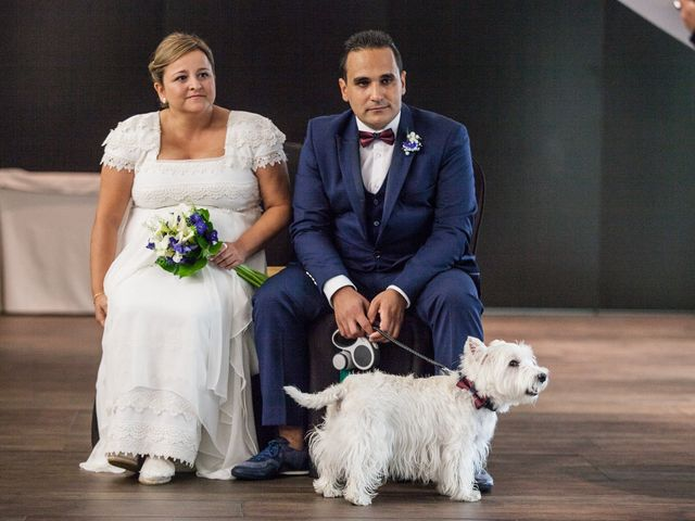 La boda de Rubén y Mercè en Avilés, Asturias 12