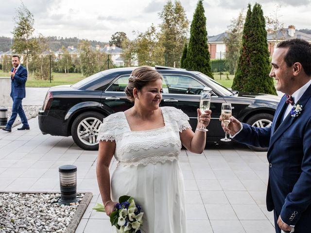 La boda de Rubén y Mercè en Avilés, Asturias 26