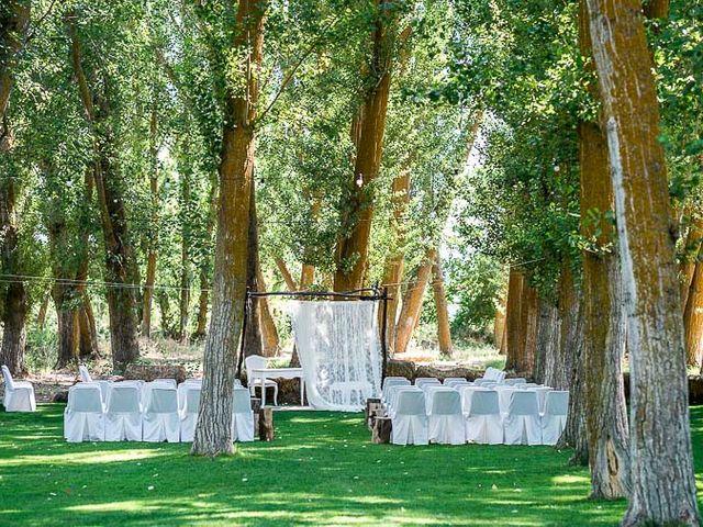 La boda de David y Aurora en Saelices, Cuenca 28
