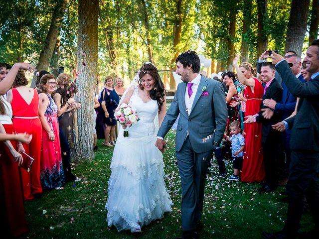 La boda de David y Aurora en Saelices, Cuenca 36