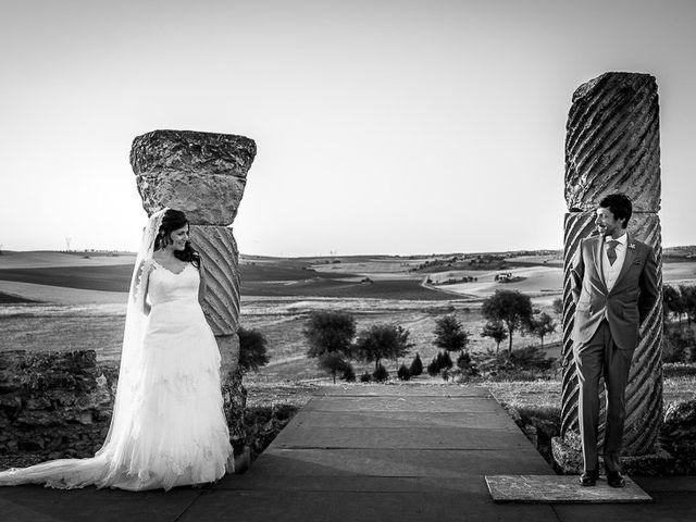 La boda de David y Aurora en Saelices, Cuenca 44