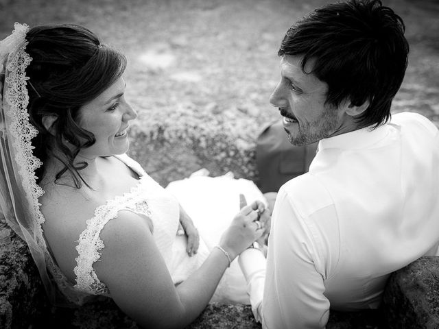 La boda de David y Aurora en Saelices, Cuenca 49