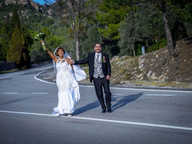 La boda de Javier y Rina en El Bruc, Barcelona 41