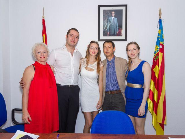 La boda de Fernando y Sara  en Sant Vicent Del Raspeig/san Vicente Del, Alicante 24