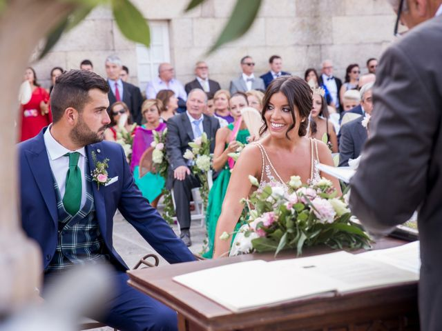 La boda de Andrea y Iván en Bueu (Meiro), Pontevedra 40