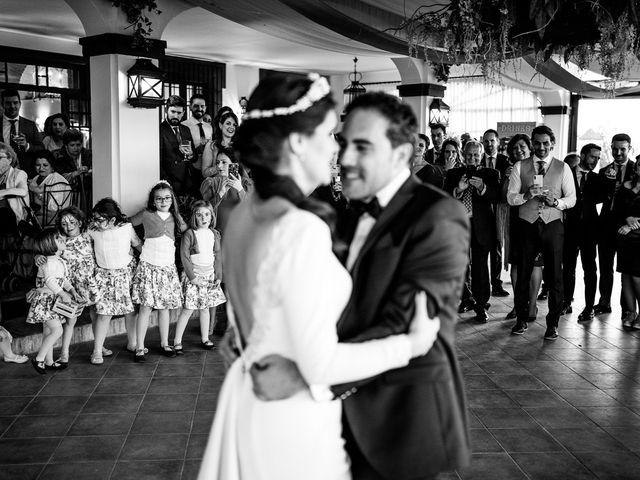 La boda de Manuel y Valme en Carmona, Sevilla 28