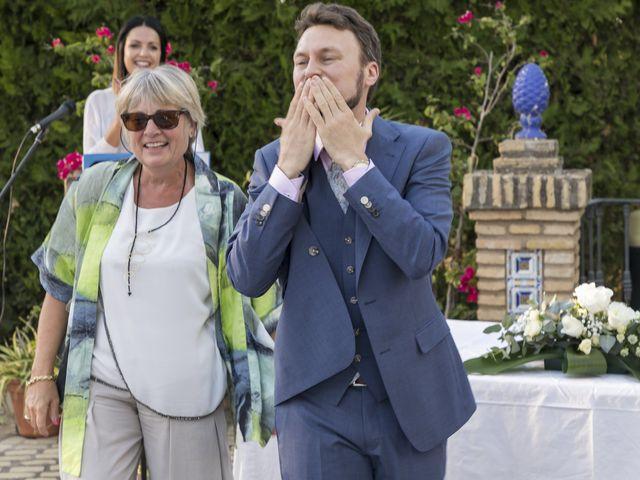 La boda de Philippe y Vanessa en Sanlucar La Mayor, Sevilla 16