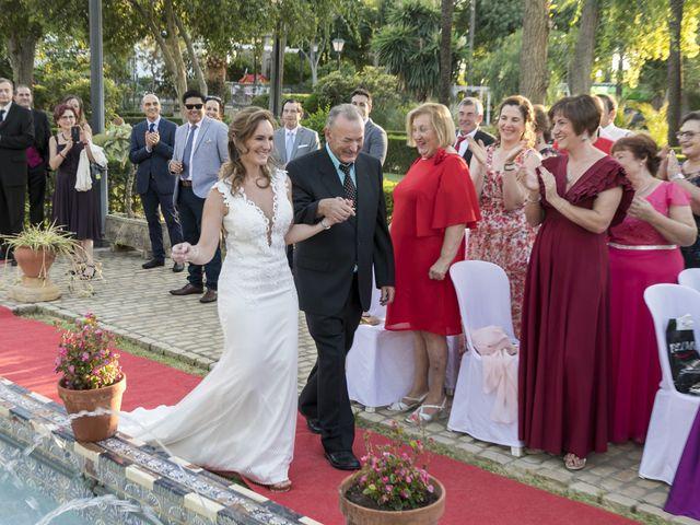La boda de Philippe y Vanessa en Sanlucar La Mayor, Sevilla 17