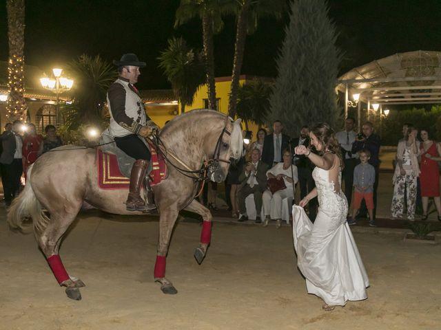 La boda de Philippe y Vanessa en Sanlucar La Mayor, Sevilla 34