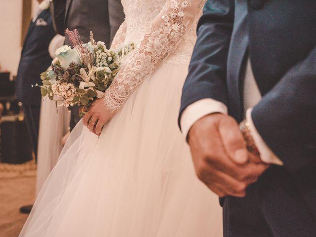 La boda de Almudena y Ismael en Puebla De La Reina, Badajoz 11