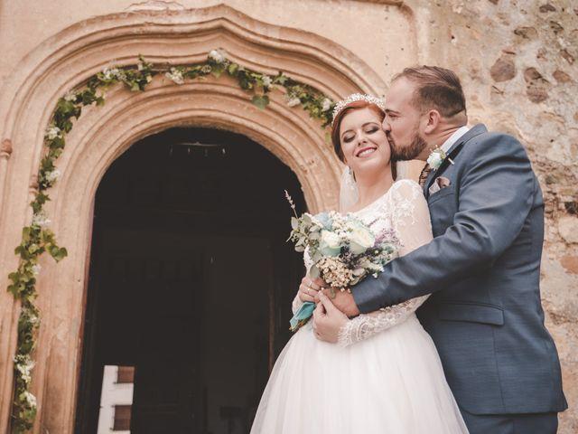 La boda de Almudena y Ismael en Puebla De La Reina, Badajoz 29