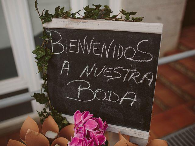 La boda de Javier y Laura en O Grove (Resto Parroquia), Pontevedra 24
