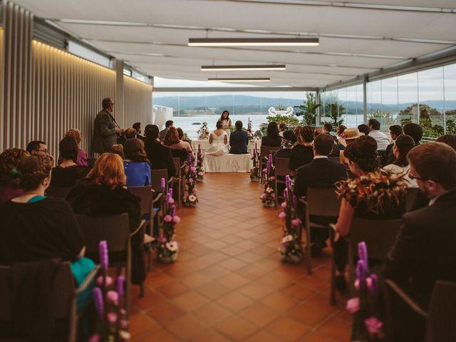 La boda de Javier y Laura en O Grove (Resto Parroquia), Pontevedra 31