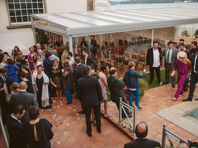 La boda de Javier y Laura en O Grove (Resto Parroquia), Pontevedra 44