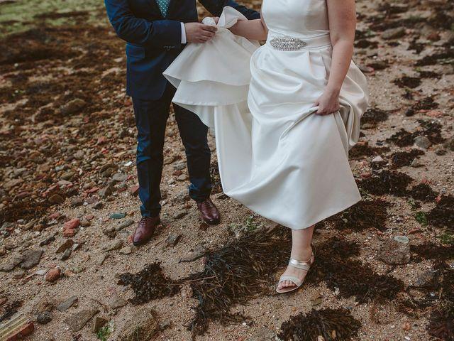 La boda de Javier y Laura en O Grove (Resto Parroquia), Pontevedra 46