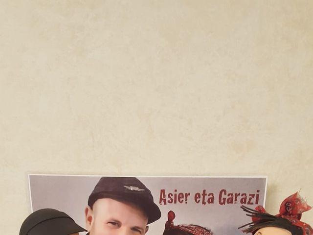 La boda de Asier y Garazi en Vitoria-gasteiz, Álava 5