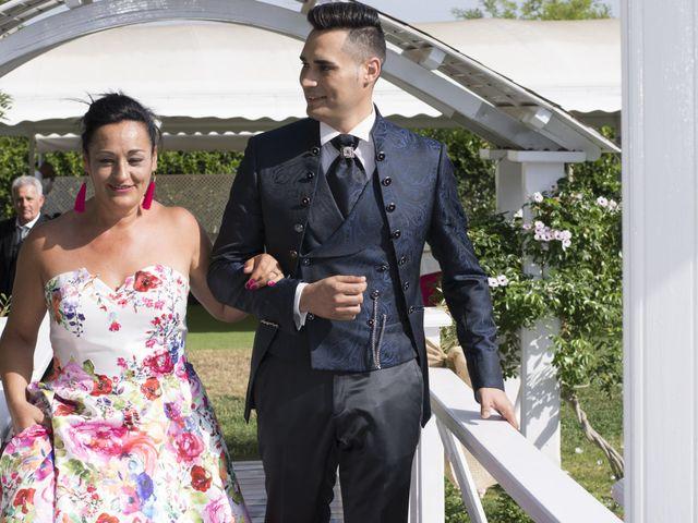 La boda de Alba y Cristian en Montbrio Del Camp, Tarragona 35
