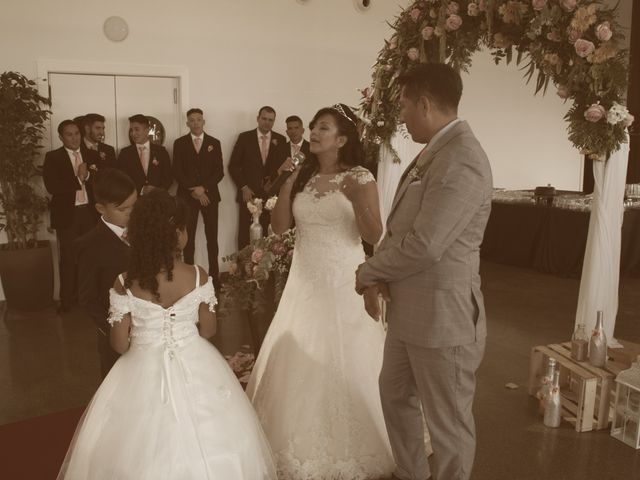 La boda de Galo y Yadira en Premia De Dalt, Barcelona 17