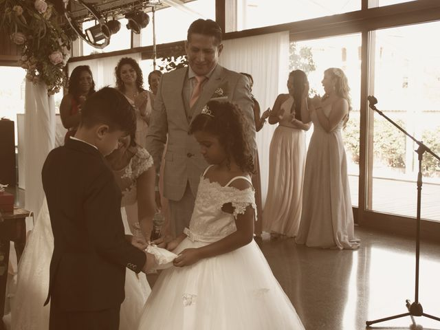 La boda de Galo y Yadira en Premia De Dalt, Barcelona 19