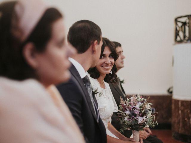 La boda de Miguel y Lucía en Oviedo, Asturias 19