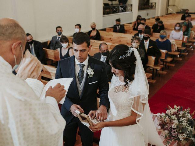 La boda de Miguel y Lucía en Oviedo, Asturias 20