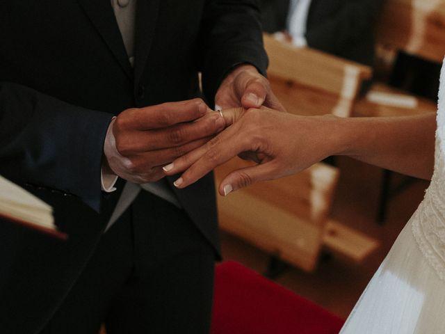 La boda de Miguel y Lucía en Oviedo, Asturias 21
