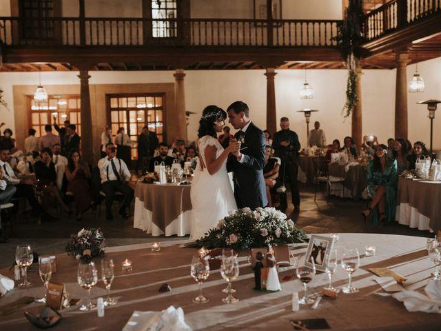 La boda de Miguel y Lucía en Oviedo, Asturias 38