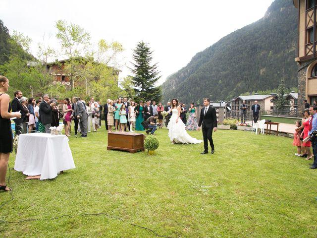 La boda de Xema y Patricia en Andorra, Teruel 13
