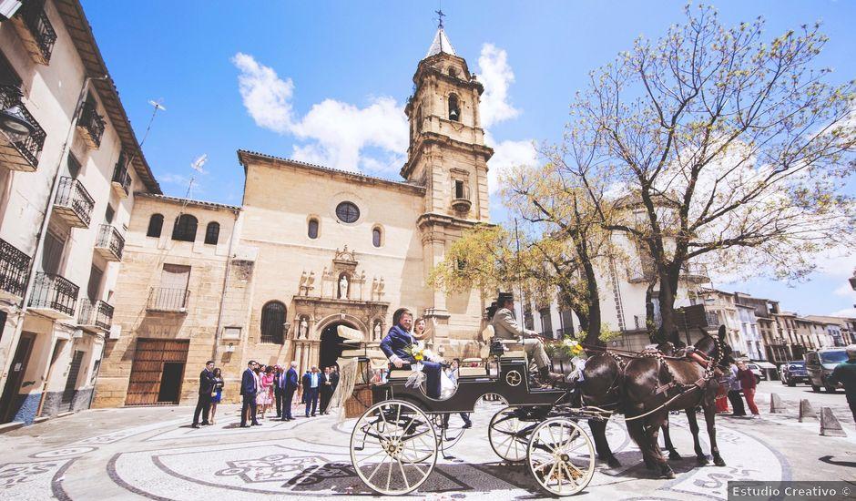 La boda de Matías y María en Alcala La Real, Jaén