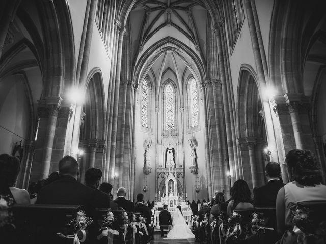La boda de Xabi y Pati en Vitoria-gasteiz, Álava 12