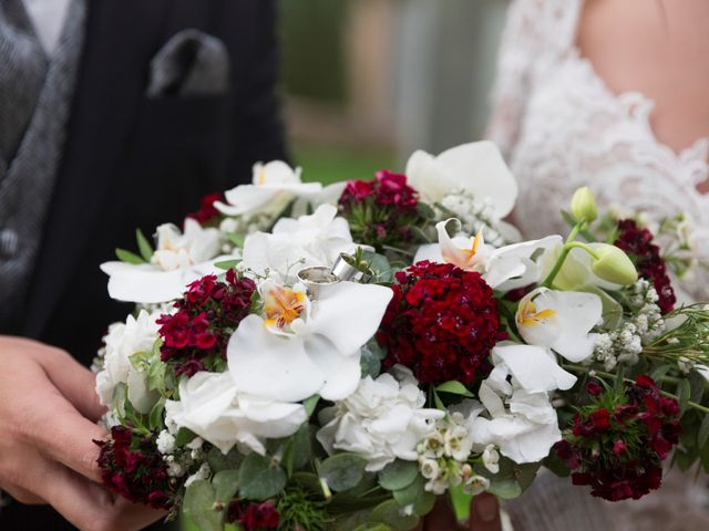 La boda de Javier y Mireia en Sallent, Barcelona 117