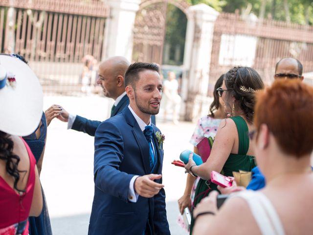 La boda de Julian y Inma en Valladolid, Valladolid 19