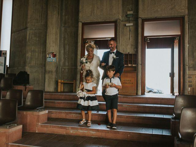 La boda de Paco y Carmen en El Vendrell, Tarragona 23
