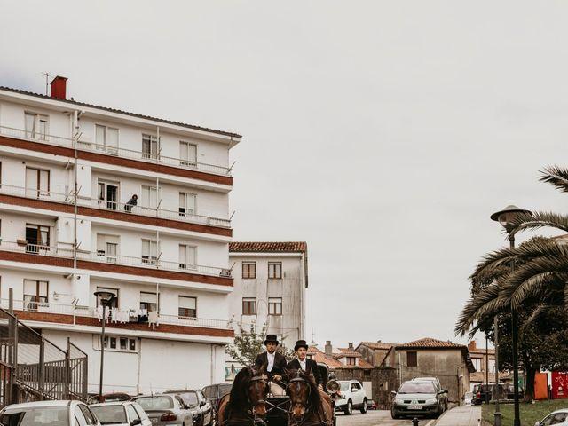 La boda de Alejandro y Cristina en San Vicente De La Barquera, Cantabria 3