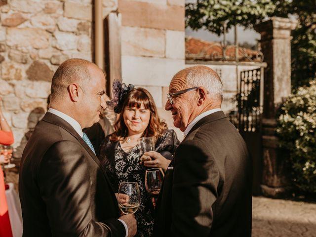 La boda de Alejandro y Cristina en San Vicente De La Barquera, Cantabria 43