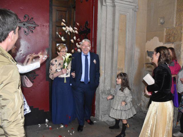 La boda de Jose Ramon y Mari Cruz en Santurtzi, Vizcaya 15