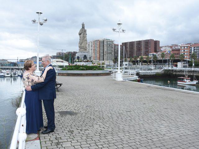 La boda de Jose Ramon y Mari Cruz en Santurtzi, Vizcaya 33