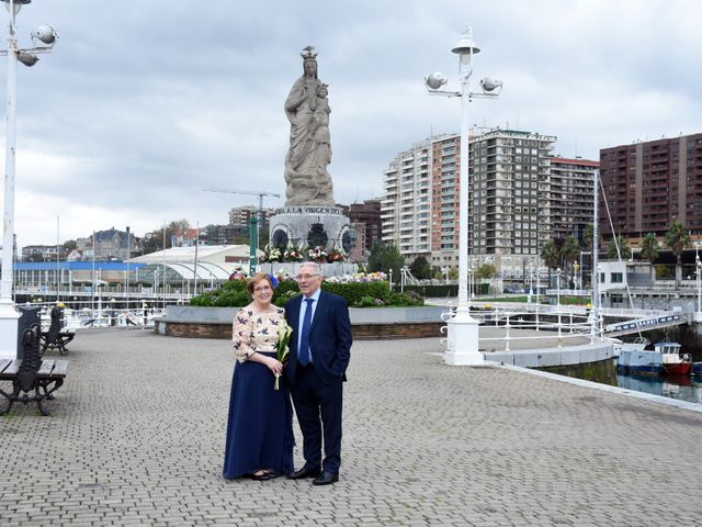 La boda de Jose Ramon y Mari Cruz en Santurtzi, Vizcaya 34