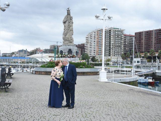 La boda de Jose Ramon y Mari Cruz en Santurtzi, Vizcaya 35