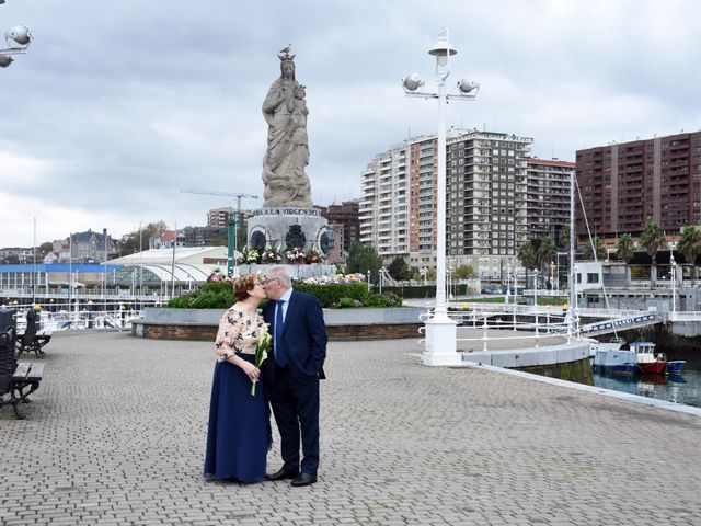 La boda de Jose Ramon y Mari Cruz en Santurtzi, Vizcaya 36