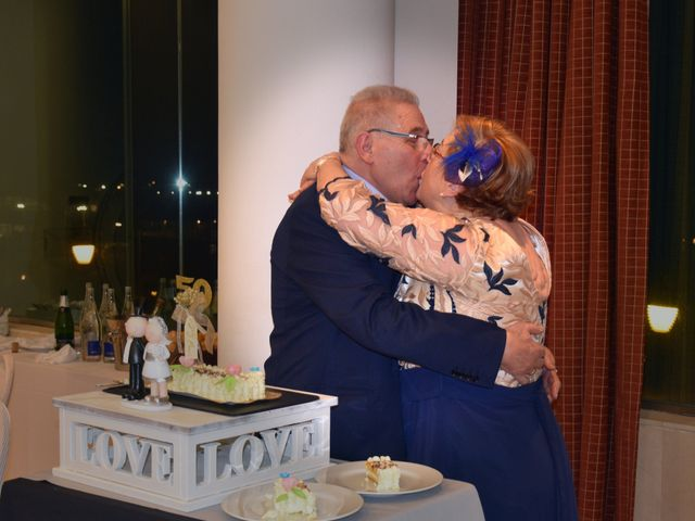 La boda de Jose Ramon y Mari Cruz en Santurtzi, Vizcaya 42