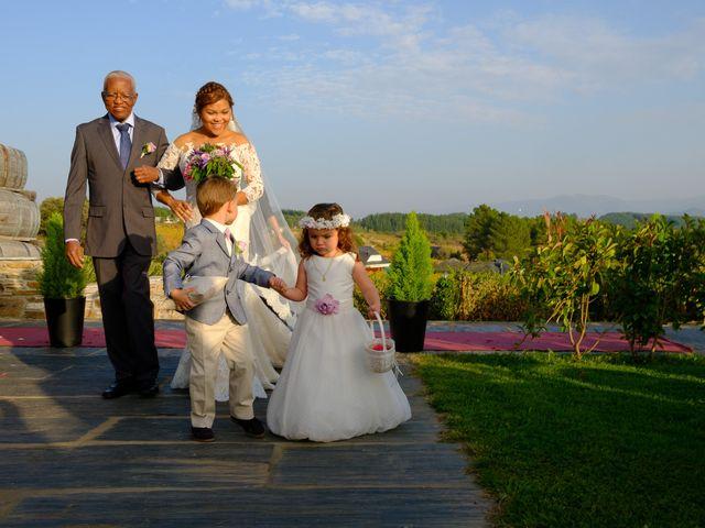 La boda de Carlos y Aura en Ponferrada, León 47