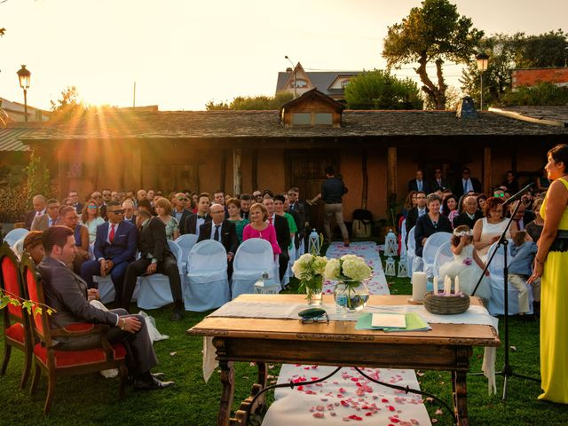 La boda de Carlos y Aura en Ponferrada, León 50