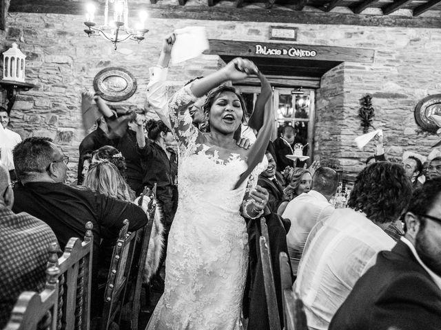 La boda de Carlos y Aura en Ponferrada, León 61
