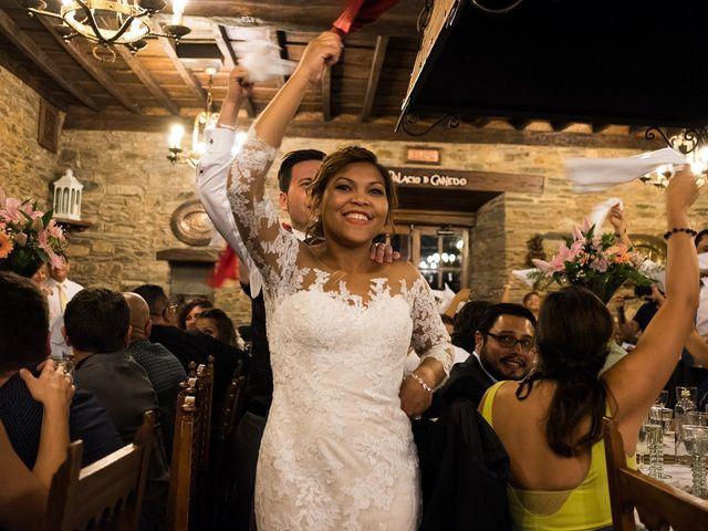 La boda de Carlos y Aura en Ponferrada, León 62