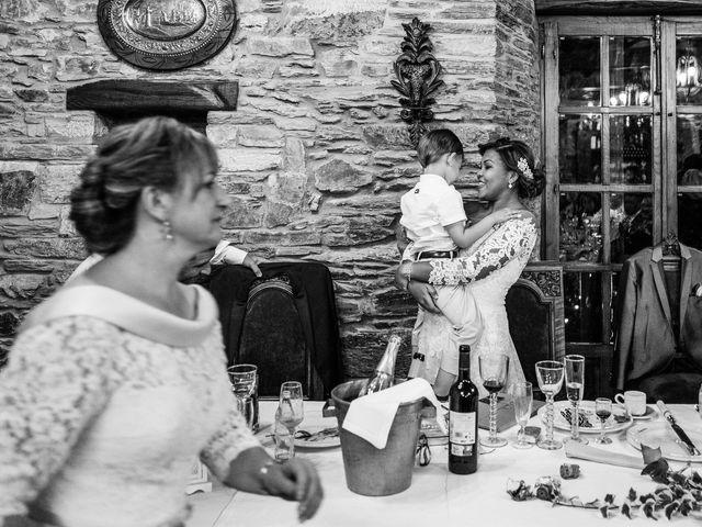 La boda de Carlos y Aura en Ponferrada, León 80