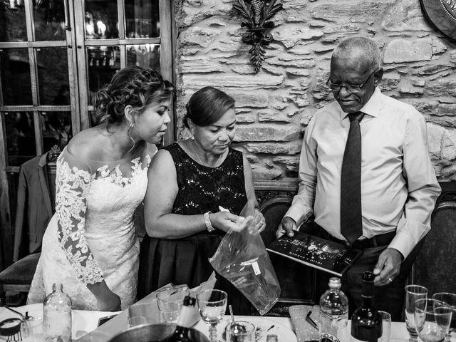 La boda de Carlos y Aura en Ponferrada, León 84
