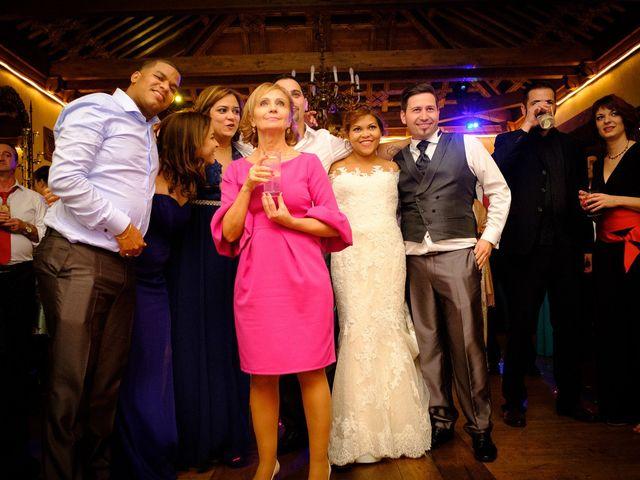La boda de Carlos y Aura en Ponferrada, León 94